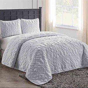 VCNY Gray New King Quilt Sham Set 3 pc Comforter